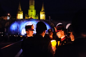 Procession lors du 57e pèlerinage militaire international